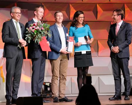 """Kategorie """"Jobmotor"""" Lampenwelt GmbH , hier mit den CEO's Thomas und Andreas Rebmann. Foto: Diether v. Goddenthow"""