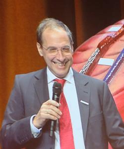 Prof. Dr. Norbert Pfeiffer, Direktor der Augenklinik. Foto: Diether v. Goddenthow