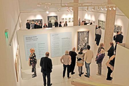 """Ausstellungs-Impression """"Von Tieren, die träumen"""" im Gutenberg-Museum Mainz bis zum 4. Febr. 2018. Foto: Diether v. Goddenthow"""