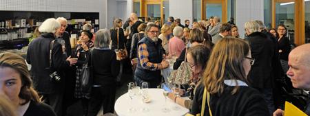 Gelungener Auftakt zu den 20. Wiesbadener Literaturtagen. Foto: Diether v. Goddenthow