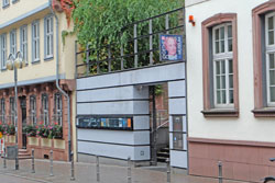 Eingang Goethemuseum Foto: Diether v. Goddenthow