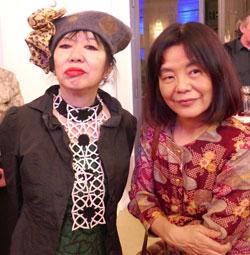 Yoko Tawada (links) mit der Jazzpianistin Aki Takase. © Foto: Diether  v. Goddenthow