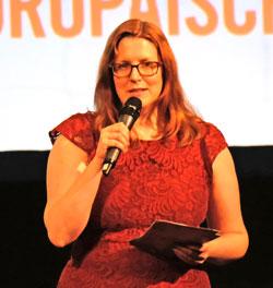 Heleen Gerritsen leitete als Nachfolgerin von Gabi Babic ihr erstes GoEast-Festival souverän.© Foto: Diether v. Goddenthow
