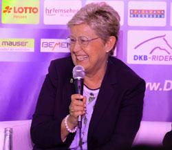 WRFC-Präsidentin Kristina Dyckerhoff freut sich schon richtig auf das 83. Internationale Wiesbadener PfingstTurnier 2019.© Foto: Diether v. Goddenthow