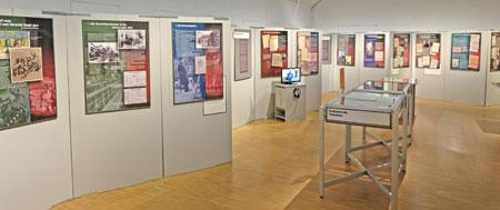 Ausstellungs-Impression Legalisierter Raub – Der Fiskus und die Ausplünderung der Juden in Hessen 1933-1945 © Foto: Diether v. Goddenthow