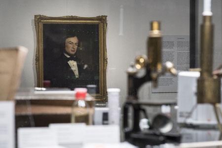 Ausstellungsansicht. Foto: Museum Wiesbaden/Bernd Fickert