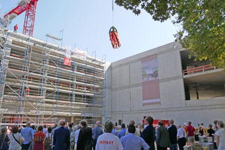 Richtfest  für den Neubau  des Römisch-Germanischen Zentralmuseums Mainz, Leibniz-Forschungsinstitut für Archäologie, Neutorstraße 2. © atelier-goddenthow Foto: Heike v. Goddenthow