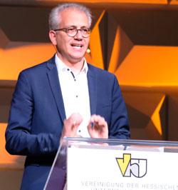 Wirtschaftsminister Tarek Al-Wazir. © Foto: Diether v. Goddenthow