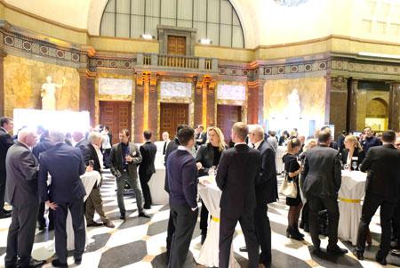 Impression vom 27. Hessischen Unternehmertag, Foyer Kurhaus Wiesbaden. © Foto: Diether v. Goddenthow