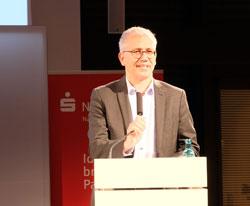 Schirmherr Tarek Al Wazir, Hessischer Wirtschaftsminister. © Foto: Diether v. Goddenthow