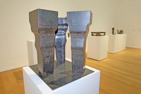 """Ausstellungs-Impression """"Eduardo Chillida - Architekt der Leere vom 16.Nov. - 10.März 2019. © Foto: Diether v. Goddenthow"""