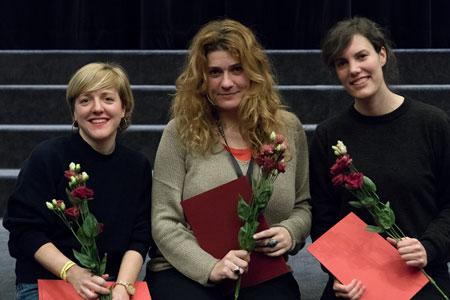 Vlnr: Pola Beck (KLEPTOMAMI), Viktória Traub (MERMAIDS AND RHINOS), Sophie Linnenbaum (RIEN NE VA PLUS) © Peter Fischer
