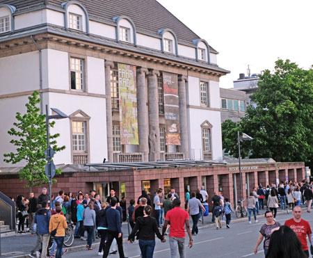 Deutsches Architektur-Mueseum - Ab 2020/21 ist eine Renovierung geplant. © Foto: Diether v. Goddenthow