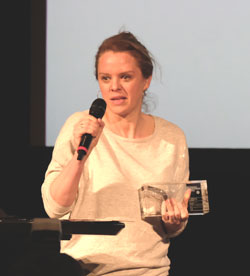 """Julia von Heinz  erhielt für ihren """"Für immer und dich"""" (SWR)  den Preis für die beste Regie.  © Foto: Diether v. Goddenthow"""