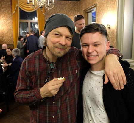"""Regisseur und Drehbuchautor Lars Jessen mit Hauptdarstellers Junis Marlon """"Ken"""" . © Foto: Diether v. Goddenthow"""
