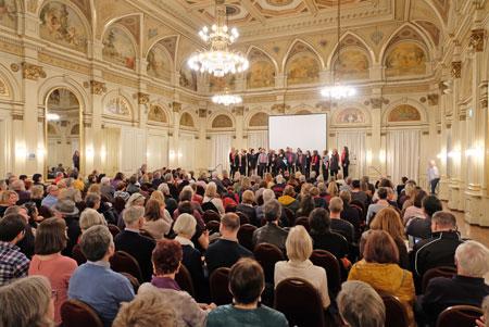 Eröffnung der Kurzen Nacht im Ballsaal der Casino-Gesellschaft. © Foto: Diether v. Goddenthow