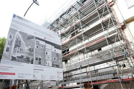 Zur Zeit findet der Innenausbau des neuen Deutschen Romantik Museums statt. © Foto: Diether v. Goddenthow