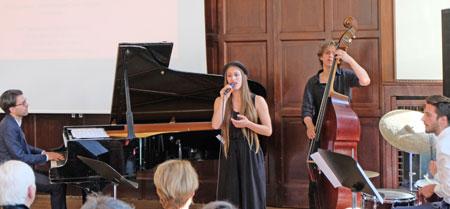 Die musikalische Einlage erfolgte durch die Jazzabteilung der Hochschule für Musik.  © Foto: Diether v. Goddenthow