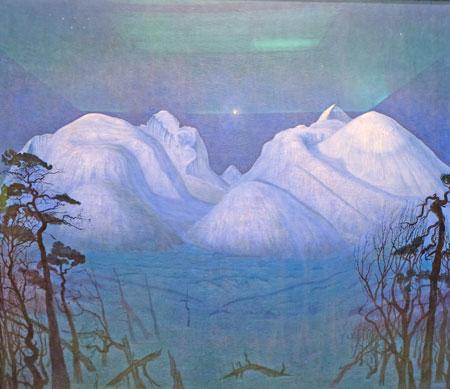 """1996 wählten die Norweger """"Winternacht"""" zu ihrem beliebtestem Bild. Fast 15 Jahre lang hat Harald Sohlberg an seinem 1915 fertiggestellten Meisterwerk gemalt. Erst als sich 1917 eine Farblithografie von """"Winternacht"""" bestens verkaufte, nahm das Osloer Nationalmuseum das einst von ihr abgelehnte Werk als Geschenk eines privaten Erwerbers an. Sohlberg hat  auch mit diesem Bild die Seele der Norweger getroffen: Ein außergewöhnliches Werk, welches das erste Mal überhaupt vom Osloer Nationalmuseum verliehen wurde und den Höhepunkt der Wiesbadener Ausstellung """"Mittsommer"""" darstellt. © Foto: Diether v. Goddenthow"""
