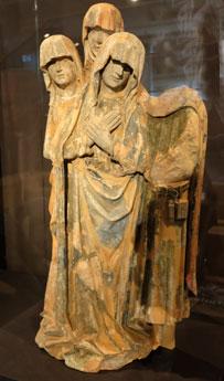 Die Beweingruppe ist das wichtigste in Frankfurt überlieferte Zeugnis aus der Gruppe der in ganz Europa einst geschätzten  mittelrheinischen Tonplastiken des frühen 15. Jahrhunderts.©  Foto: Diether v Goddenthow