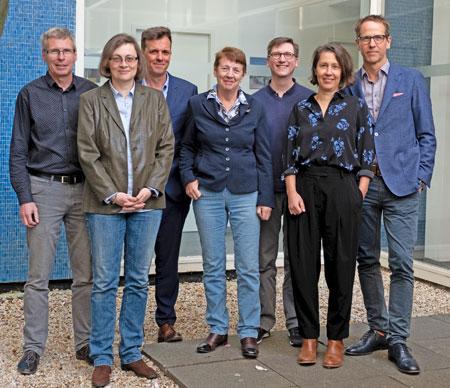 Die Jury des Deutschen Buchpreises 2019 v.l.n.r.: Jörg Magenau (Jurysprecher), Daniela Strigl, Alf Mentzer, Margarete von Schwarzkopf, Björn Lauer, Petra Hartlieb, Hauke Hückstädt © Sascha Erdmann