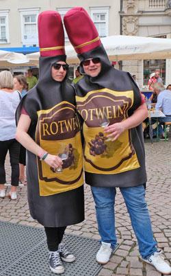 Rheingauer Rotweinfans.©  Foto: Diether v Goddenthow