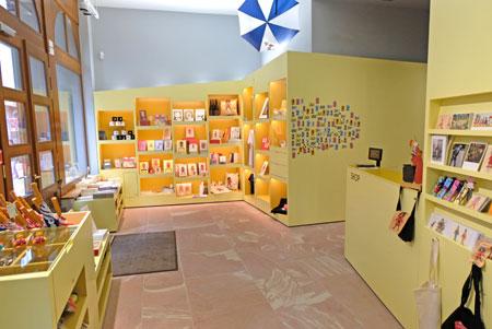 Museumshop.©  Foto: Diether  v Goddenthow