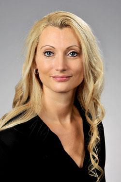 Claudia Hoelbilng