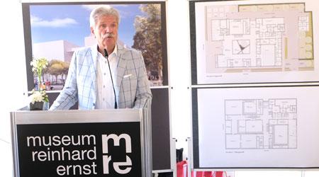 """Museumsstifter Reinhard Ernst: """"""""Wir wollen nicht nur ein Museum bauen, in dem sich die abstrakte Kunst, sondern auch seine Besucher wohlfühlen"""".©  Foto: Diether  v Goddenthow"""