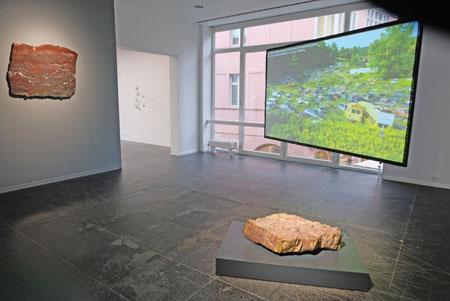 Ausstellungs-Impression © Foto: Diether v Goddenthow
