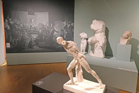 Ausbildung in der  Akademie - im Vordergrund Anatomisches Modell: Borghesischer Fechter 1926 - 1930. ©  Foto: Diether  v Goddenthow