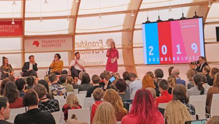 Buchblog-Award 2019 im Frankfurt Pavilion. © Foto: Diether v Goddenthow