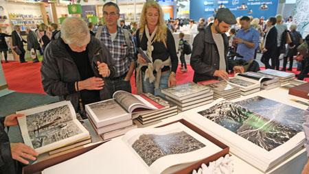Sebastião Salgados großen Bildbände erscheinen in Deutschland im Taschen-Verlag,. © Foto: Diether v Goddenthow
