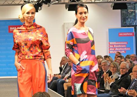Kreationen von Birgit Reimann tagtraum-tragen. © Foto: Diether v Goddenthow