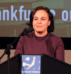 Staatssekretärin Ayse Asar sprach zur Eröffnung ein Grußwort. © Foto: Diether v Goddenthow