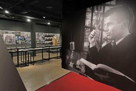 Impression der Ausstellung Maximilian Schell im DFF. © Foto: Diether v Goddenthow