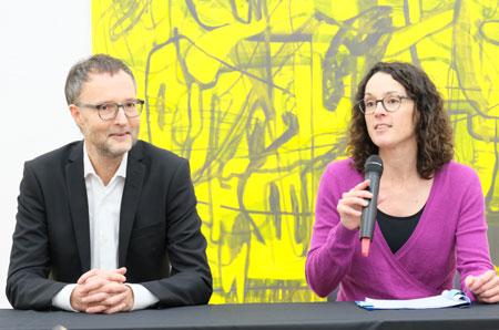 """""""Ich bin sehr froh, dass wir Dr. Andreas Henning für Wiesbaden gewinnen konnten"""", erklärt die hessische Kunst- und Kulturministerin Angela Dorn.© Foto: Diether v Goddenthow"""