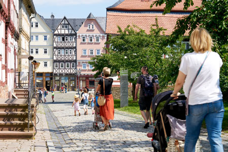 238.450 Besucher fanden 2019 ihren Weg ins Freilichtmuseum Hessenpark. Foto: Jens Gerber
