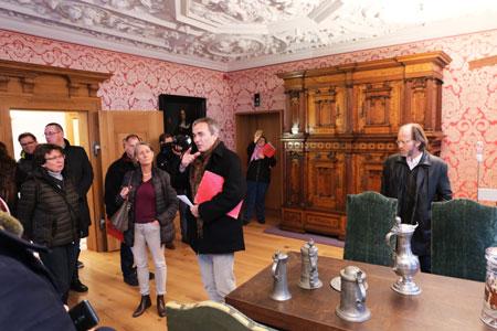 Führungen durch die original nachempfundenen Räume des rekonstruierten prachtvollen Altstadthauses Goldene Waage aus dem 17. Jahrhunderts. ©  Foto: Diether  v Goddenthow