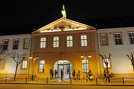 Landesmuseum Mainz © Foto: Diether v Goddenthow