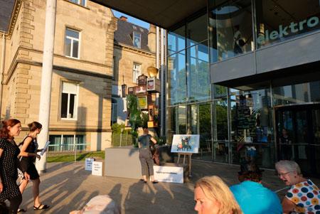 Museum für Kommunikation ist bei Großveranstaltung der Stadt Frankfurt immer einer der Besucher-Magneten, wie hier beim Museumsuferfest 2019.   © Foto: Diether v Goddenthow