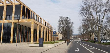 Wie auch in anderen Kongress- und Messestädten sind im RheinMain CongressCenter Wiesbaden sämtliche Veranstaltungen abgesagt, unter anderem der 126. Internistenkongress vom 25.-28.04.2020. © Foto: Diether v Goddenthow
