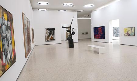 """Impression der Neupräsentation """"Zurück in die Gegenwart"""" der Sammlung Gegenwartskunst ab dem 19. Mai 2020 in den Gartenhallen. © Foto: Diether v. Goddenthow"""