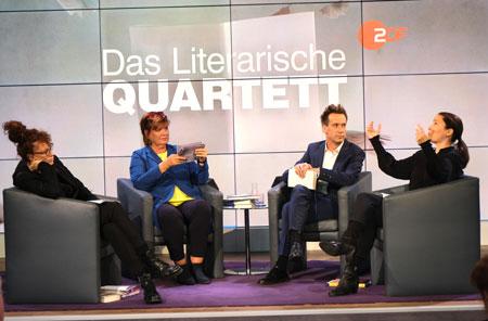 Das Literarische Quartett im ZDF ist eines der letzten Literaturformate der öffentlich rechtlichen  Rundfunk-Anstalten. Archivfoto von der Buchmesse 2019 © Diether v. Goddenthow