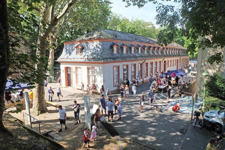 Stadthistorisches Museum sowie das Garnisonsmuseum auf der Zitadelle. © Foto: Diether v. Goddenthow