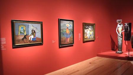 """Ausstellungsimpression """"Fantastische Frauen. Surreale Welten von Meret Oppenheim bis Frida Kahlo"""", Schirn Kunsthalle Frankfurt. Hier Werke von Leonora Carrington © Foto: Diether v. Goddenthow"""