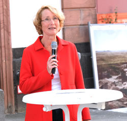 """Prof. Dr. Katrin Böhning-Gaese, Leiterin des Programms """"Wissenschaft & Gesellschaft"""" bei Senckenberg. © Foto: Diether v. Goddenthow"""