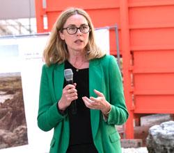 Prof. Franziska Nori, Direktorin des Frankfurter Kunstvereins. © Foto: Diether v. Goddenthow