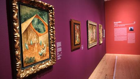 """Ausstellungsimpression """"Fantastische Frauen. Surreale Welten von Meret Oppenheim bis Frida Kahlo"""", Schirn Kunsthalle Frankfurt.  Remedios Varo Schoepfung mit Hilfe der Gestirne. © Foto: Diether v. Goddenthow"""