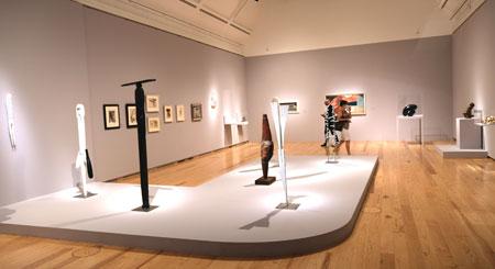 Ausstellungs-Impression Fantastische Frauen.  © Foto: Diether v. Goddenthow